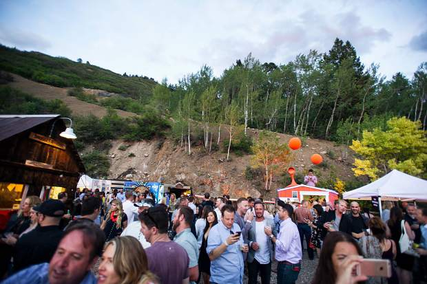 The crowd Saturday night from the Infinite Monkey Theorem Winery