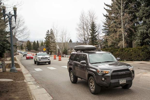 Traffic heading into Aspen on Hwy 82 with the start of the Castle Creek Bridge construction Monday afternoon.