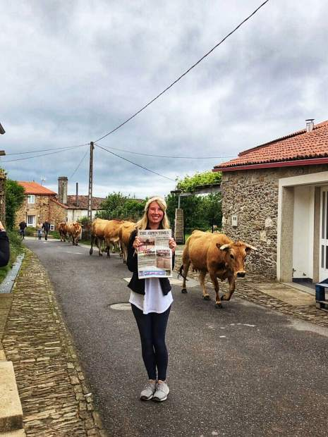 Stephanie Mahon and her husband, Kirk, brought an Aspen Times with them during their travels through Portugal and Spain. Here, they display the newspaper while at the Camino de Santiago.