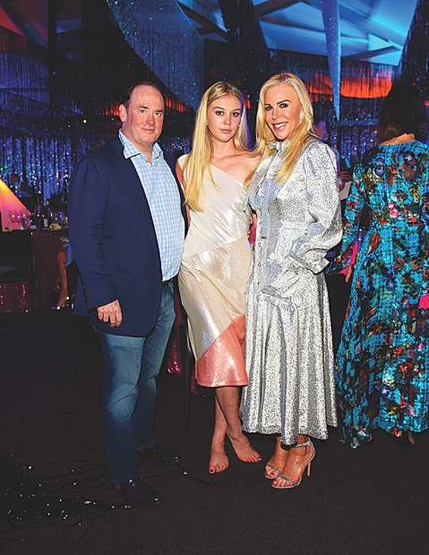 AAM Board Chair John Phelan, daughter Makenzie Moon, and wife Amy Phelan who has lifted ArtCrush to sublime heights as event chair for many years. MarySue Bonetti photo.