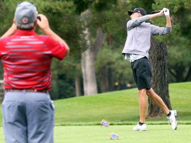 Basalt senior Holden Kleager tees off for the second round of the Class 3A state golf tournament on Tuesday, Oct. 2, 2018 at Boulder Country Club. (Photo by Austin Colbert/The Aspen Times).