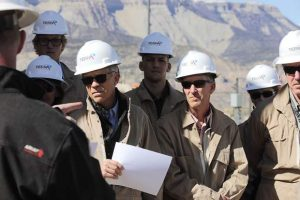 Colorado oil and gas industry, government leaders gather for energy symposium