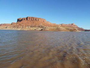 Colorado River groups study  options after Trump signs drought contingency plan